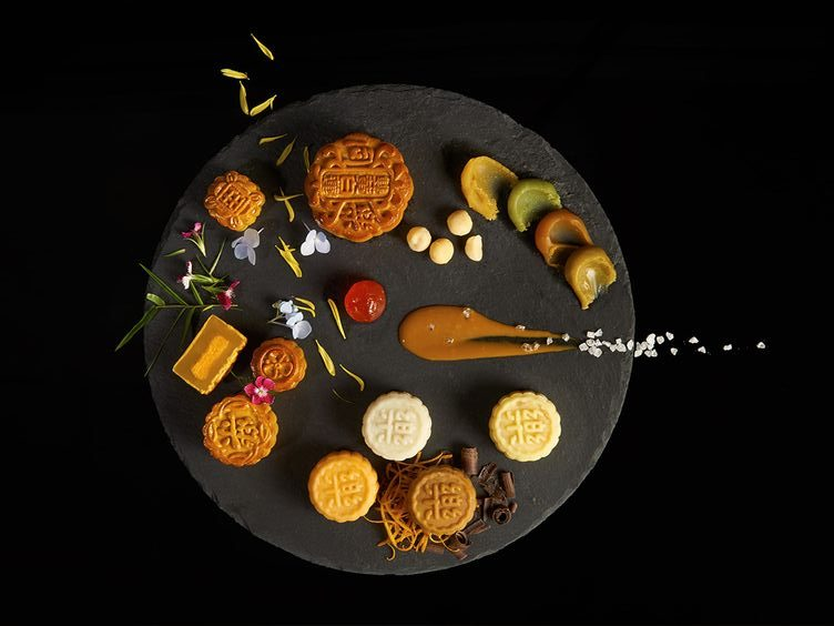 wai-kay-assorted-flavors-of-mooncake-by-tung-lok-restaurant