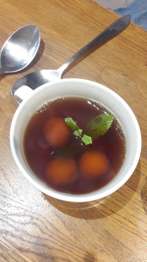 tangyuan boules sesame thé noir
